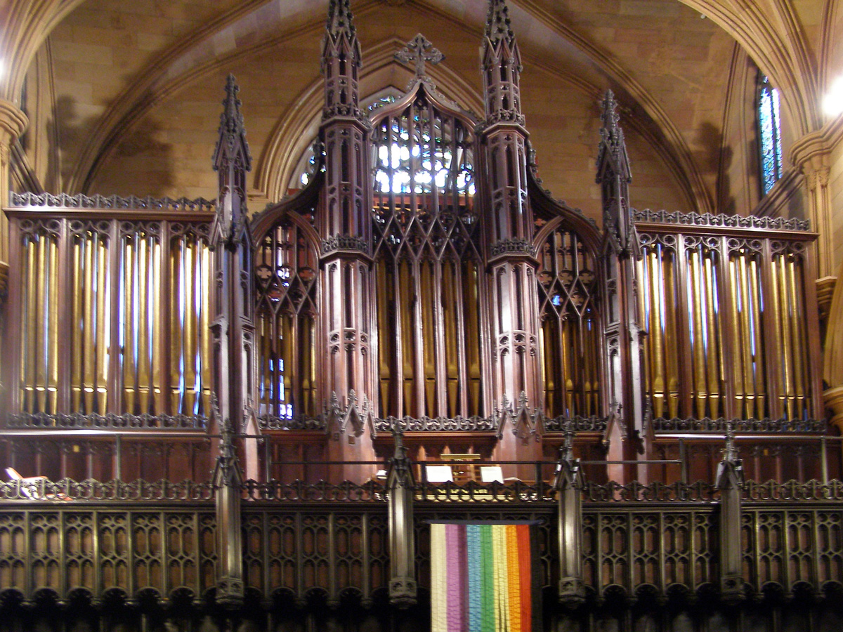 George S. Hutchings organ (1900) in the First Unitarian Congregational Society of Brooklyn, NY