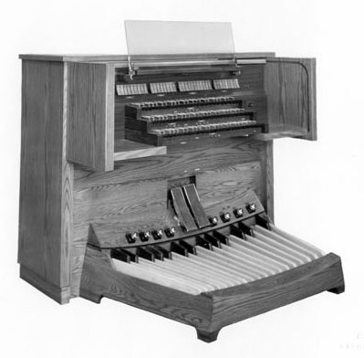 Casavant Frères organ, Op. 3416 (1979) in Hanson Place Seventh-day Adventist Church - Brooklyn, N.Y. (photo: Casavant Frères)