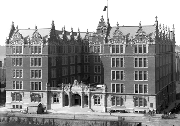 DeWitt Clinton High School in Manhattan (1906-1928) - New York City (Wurts Bros., 1900)