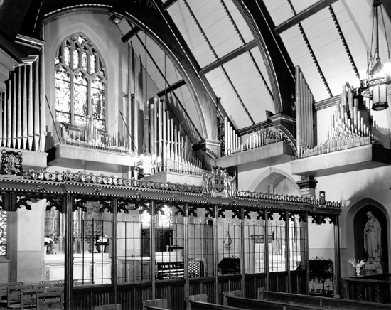 Casavant Frères Organ, Op. 2599 (1960) at Church of St. Philip Neri - Bronx, New York (photo: Casavant Frères Archives)