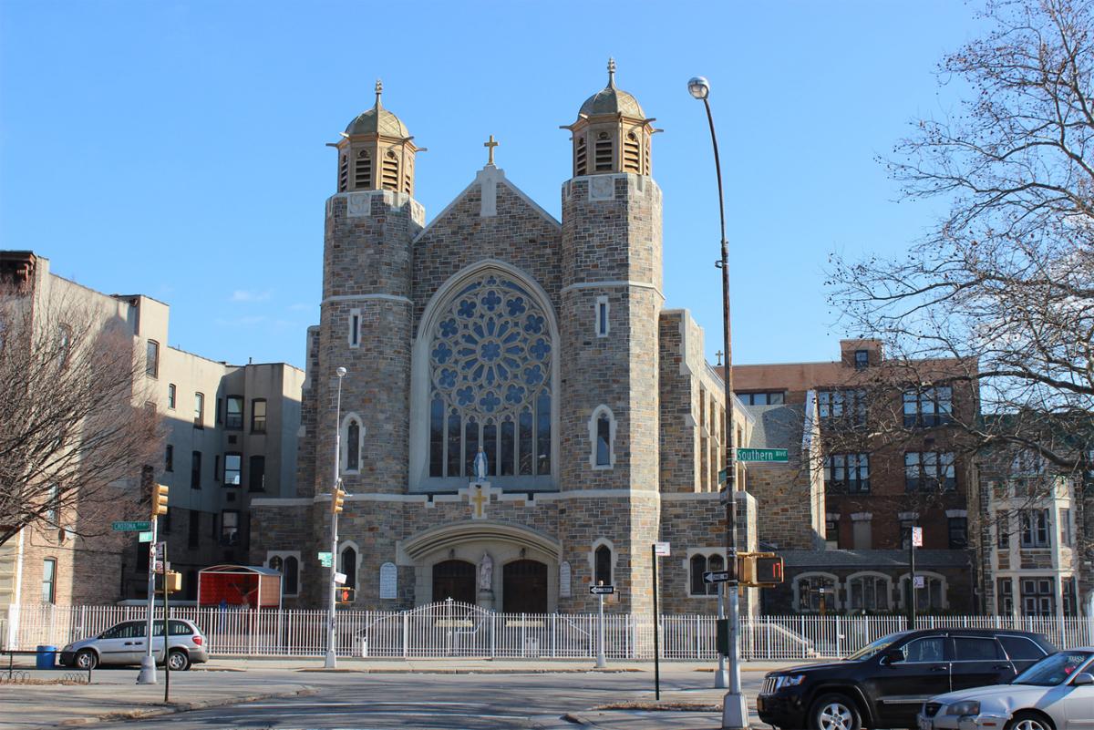 St  Thomas Aquinas Catholic Church - Bronx, N Y
