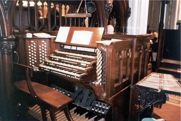 Aeolian-Skinner Organ, Op. 945 (1936) at Calvary Episcopal Church - New York City (photo: Jeff Scofield)