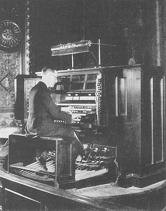"John Priest plays the Skinner Organ, Op. 485 (1924) at the Colony Theatre - New York City (Skinner Organ Co. publication ""Stop, Open and Reed"")"