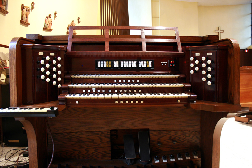 Rebuilt Skinner Organ, Op. 598 (1926) in Church of the Crucifixion - New York City (photo: Steven E. Lawson)