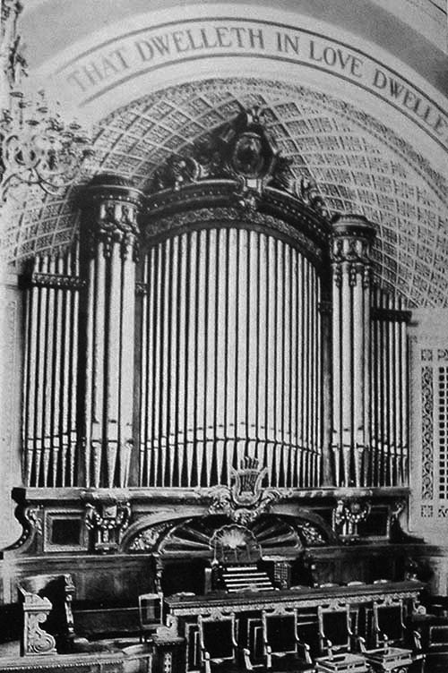 1903 Hutchings-Votey Organ - Crenshaw Christian Center (formerly First Church of Christ, Scientist) - New York City. (Photo courtesy Jeff Scofield)