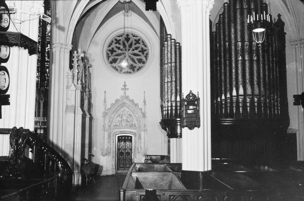 Chancel Organ Case (c.1933) at Grace Episcopal Church - New York City