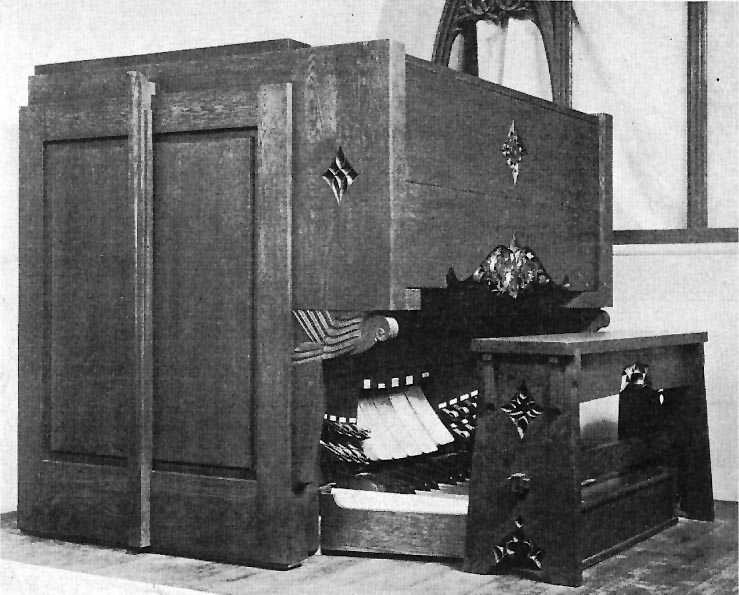 Console of Austin Organ, Op. 1586 (1928) in Church of the Heavenly Rest - New York City (photo: Wurts Bros., 1929)