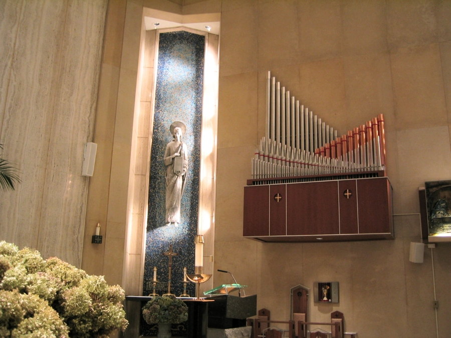 Turner Organ (1996) at Holy Family Catholic Church - New York City (Photo: Steven E. Lawson)