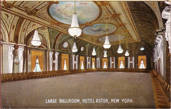 Postcard of Large Ballroom in the Hotel Astor (Times Square) - New York City