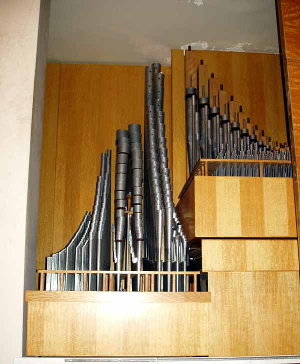 Holtkamp Organ (1965) in Grace Rainey Rogers Auditorium of the Metropolitan Museum of Art - New York City (photo: Steven E. Lawson)