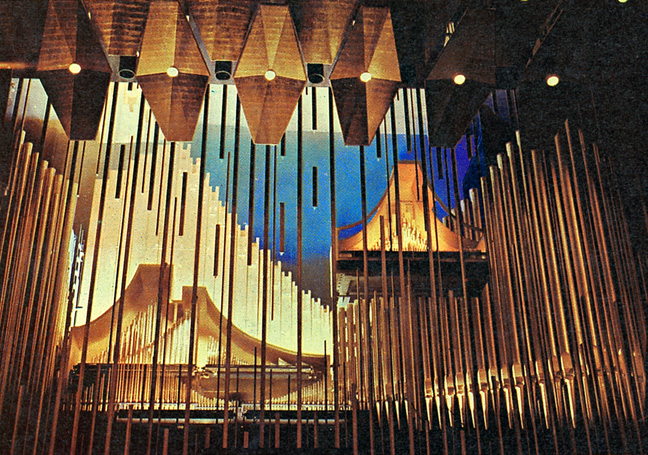 Aeolian-Skinner Organ, Op. 1388 (1962) in Philharmonic Hall (Lincoln Center) - New York City