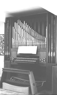 Flentrop organ, Op. 568 (1963) originally in Mrs. Loyde Ortel Residence - New York City (photo: Flentrop Orgelbouw)