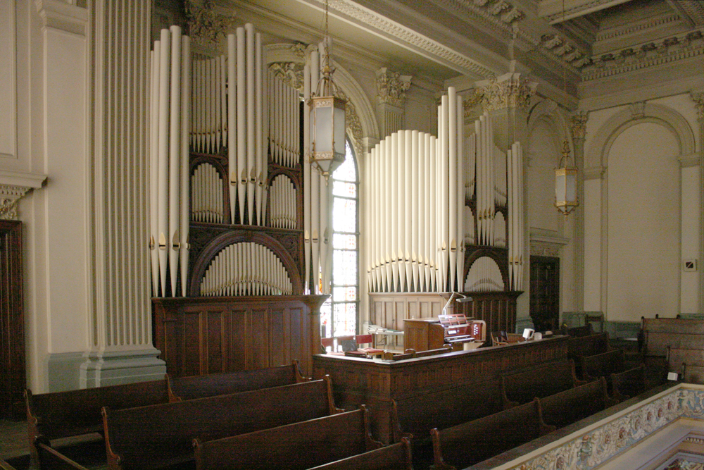 Aeolian-Skinner Organ, Op. 1194 (1949) in Church of St. Francis de Sales - New York City (photo: Steven E. Lawson)