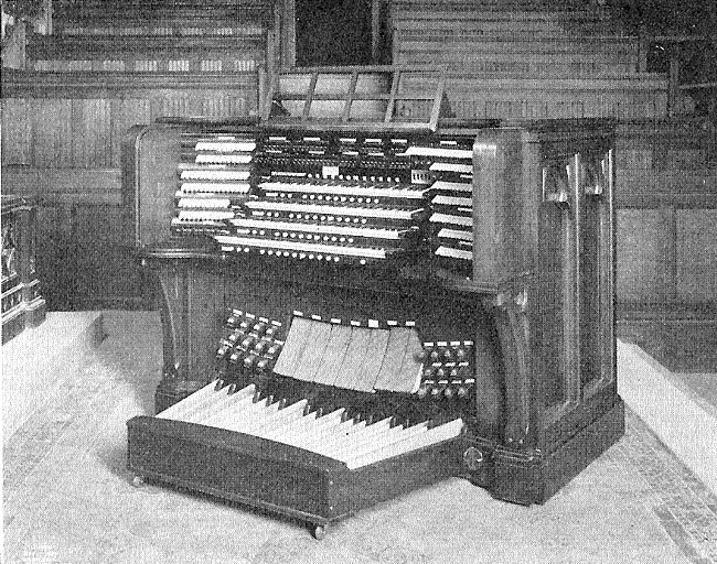 Austin Organ Console, Op. 1530 (1928) at St. George's Episcopal Church - New York City (The Diapason)