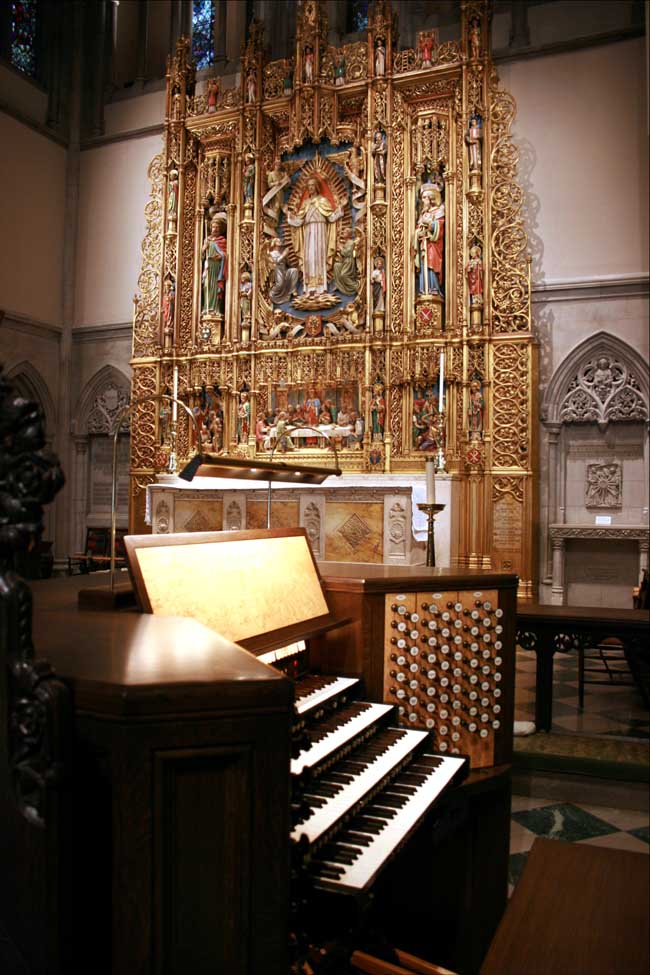 Schoenstein & Co. Organ, Op. 157 (2009) in St. James Episcopal Church - New York City (photo: Steven E. Lawson)