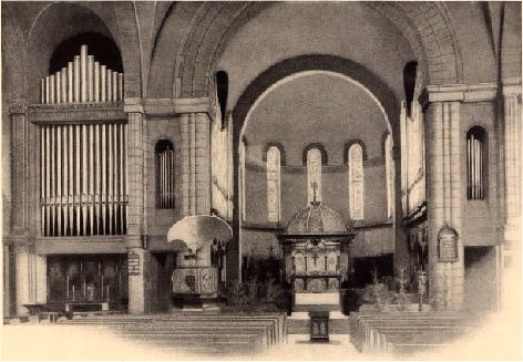 Austin Organ, Op. 284 (ca.1910-15) at St. Luke Episcopal Church - Harlem, New York City (photo: Austin Organs brochure, courtesy Jonathan Bowen)