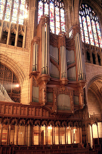 Case of Aeolian-Skinner Organ, Op. 205-A (1956, rev.) at St. Thomas Church Fifth Avenue - New York City (credit: Ken Stein)