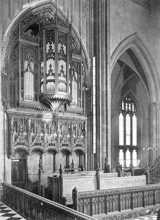Case of Hook & Hastings organ, Op. 1923 (1901) in the Chancel of Trinity Church, Wall Street - New York City