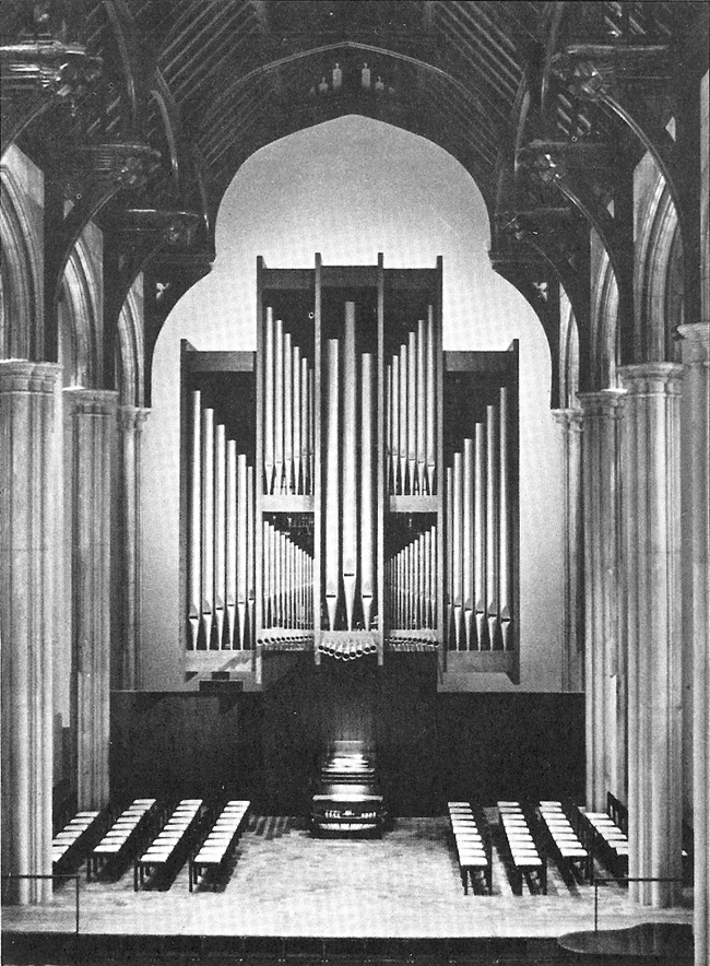 Holtkamp Organ (1980) in James Chapel of Union Theological Seminary - New York City (photo: Ken Stein)