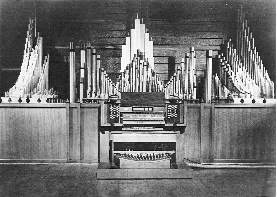 M.P. Möller Organ, Op. 8516 (1952) - Studio of Ernest White - Church of St. Mary the Virgin, New York City (courtesy Jeff Scofield)