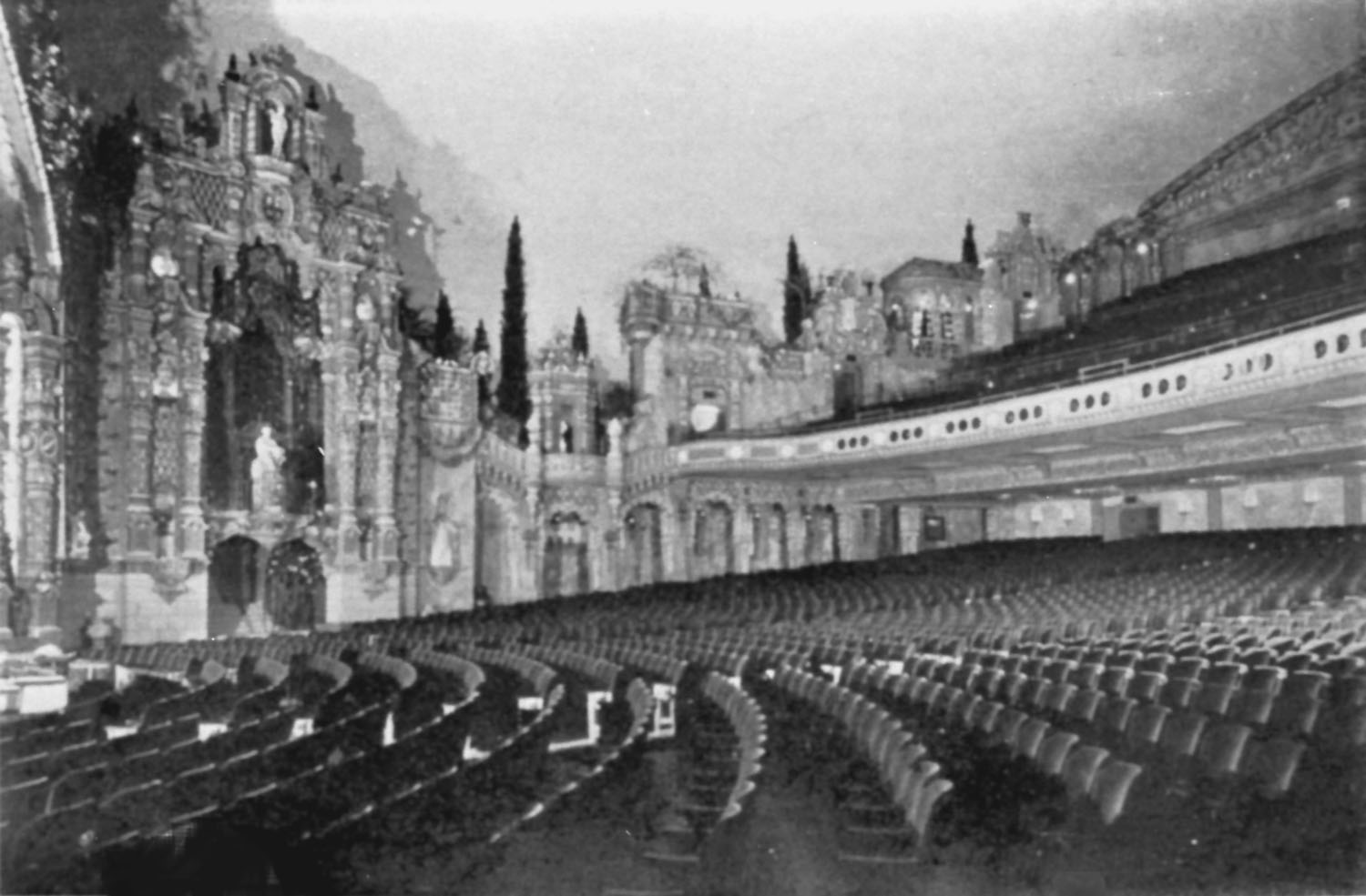 Loew's Valencia Theatre - Jamaica (Queens), N.Y. (photo: AJWB Collection)