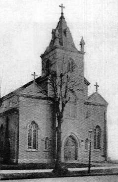 1907 building of St. Margaret's Catholic Church - Middle Village (Queens), N.Y. (photo: Juniper Berry)