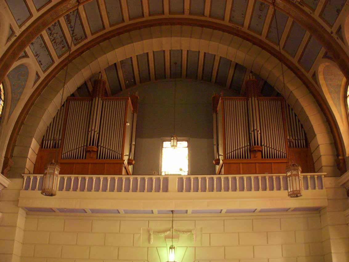 Kilgen Organ, Op. 7648 (1953) in St. Patrick Catholic Church - Long Island City, NY (photo: Dave Schmauch)